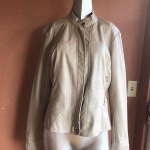 Bernardo Women bomber jacket Size xl